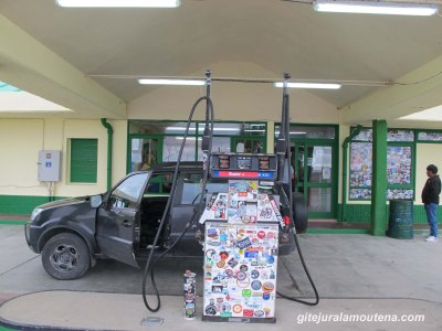Estancia El Condor, station-essence à Tres Lagos, Argentine.